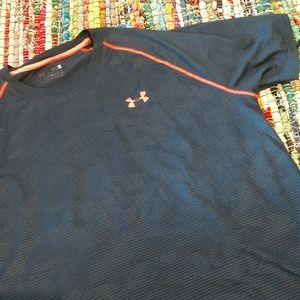 🌠5 for $25🌠Under Armour Dry fit Tee